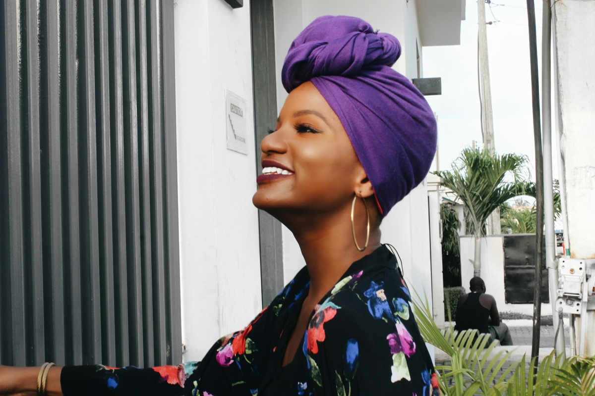 STYLE| THE PURPLE HIBISCUS (5 ways to look Expensive in thrifted items)